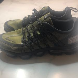 Nike Shoes - Nike Air Vapormax Run Utility Size 10